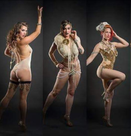 burlesque-dancers